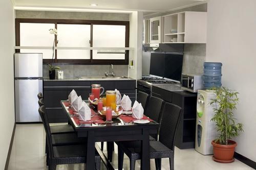 Prime Plaza Suites Sanur Bali - Dapur