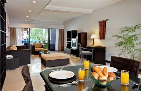 Sanur Paradise Plaza Suite Bali - Ruang makan