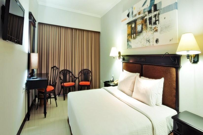 Prime Plaza Suites Sanur Bali - Kamar Tamu