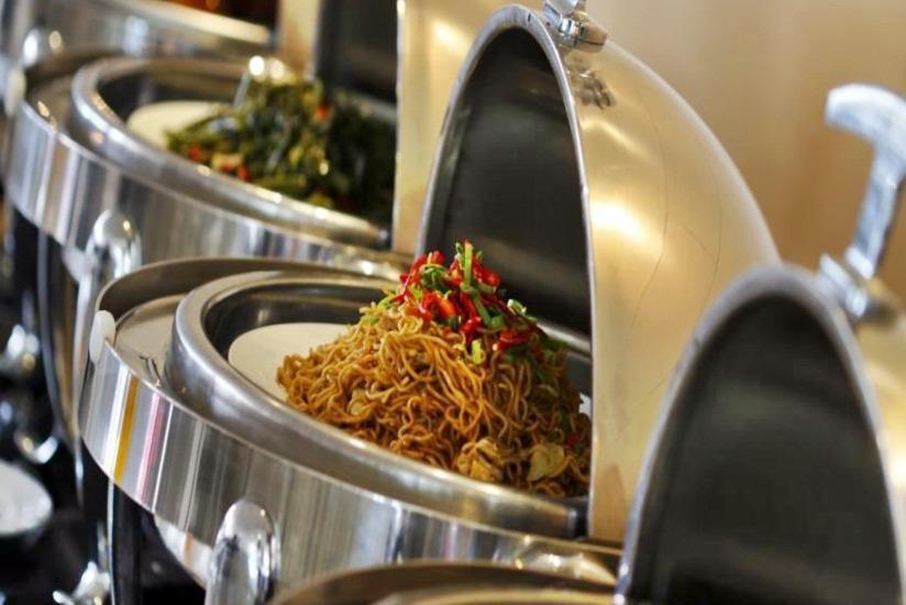 Amaris Hotel Lebak Bene Bali - Makanan