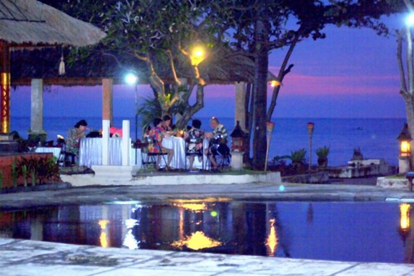 Sunari Beach Resort Bali - Grill Cafe