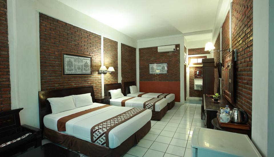 Paku Mas Hotel Yogyakarta - Family Deluxe Room Regular Plan