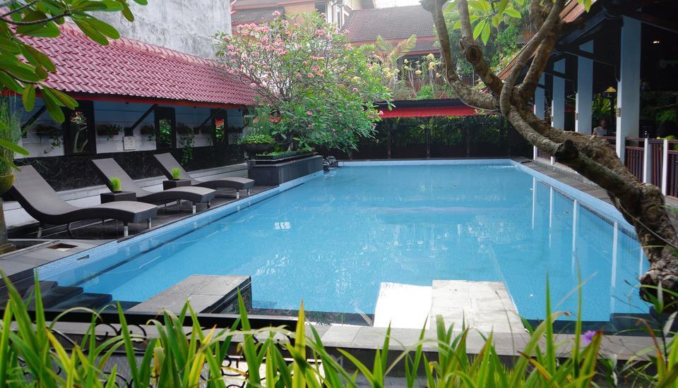 Paku Mas Hotel Yogyakarta - Pool