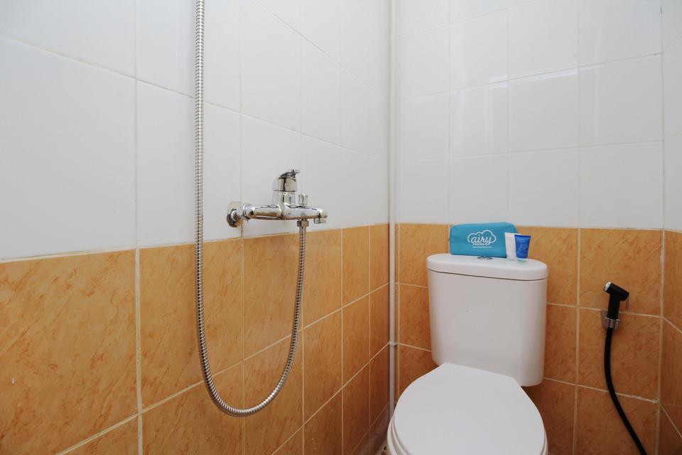 Airy Eco Japaris Medan Area Rahmadsyah 293 - Bathroom