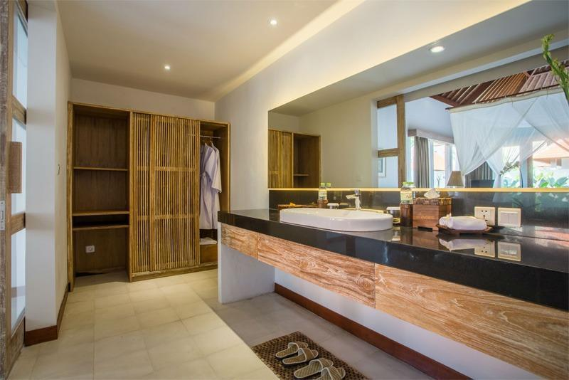 Purana Boutique Resort Bali - Kamar mandi