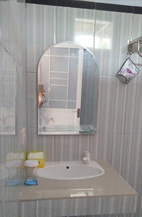 Tamado Cottages Samosir - Bathroom