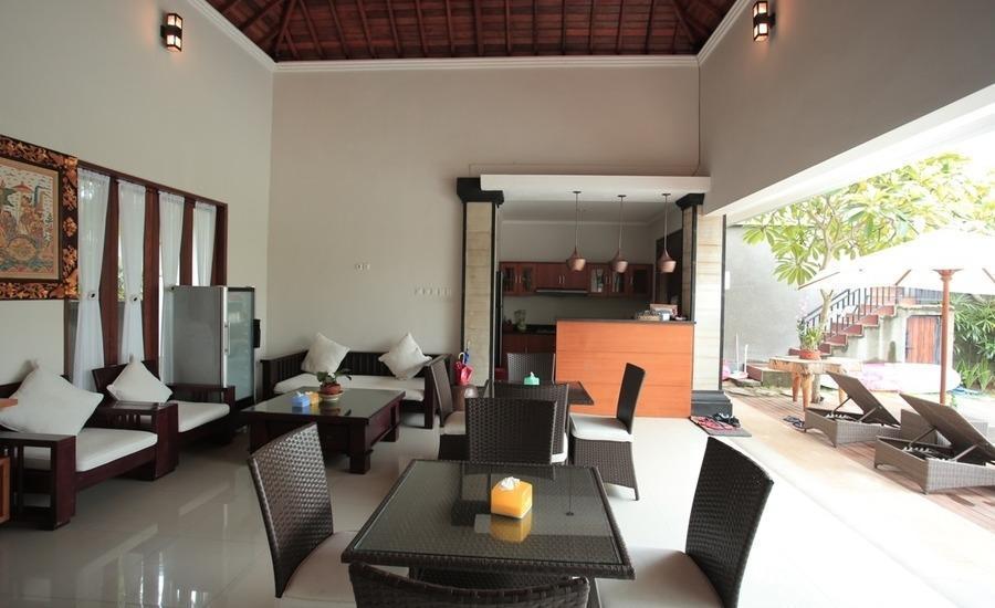 RedDoorz @Raya Batu Bolong Bali - Interior