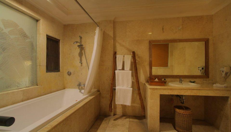 AlamKulKul Boutique Resort Bali - Alam Lanai Bathroom