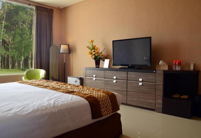 Cempaka Hill Hotel Jember - Superior Room Only CUKS PACKAGE