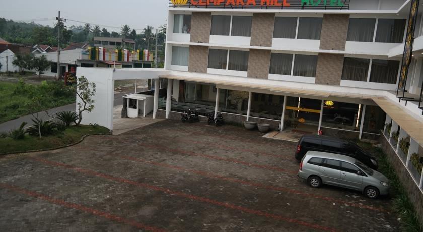 Cempaka Hill Hotel Jember - Parking Area