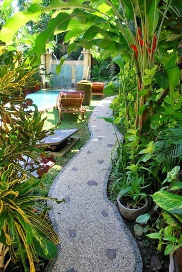 Green Chaka Villa Bali - Taman
