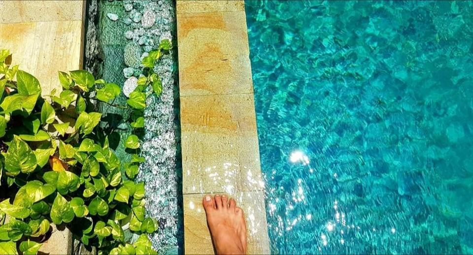 Green Chaka Villa Bali - Kolam Renang batu alam