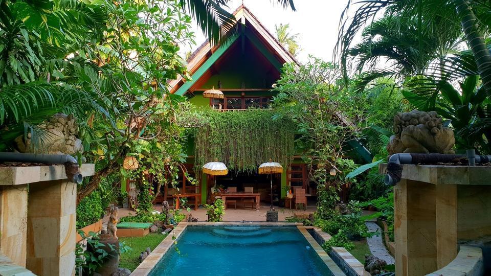 Green Chaka Villa Bali - Kolam Renang