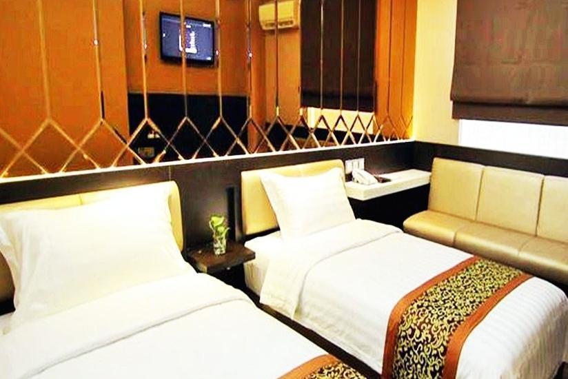 Favor Hotel Makassar - Deluxe - Room Only Regular Plan