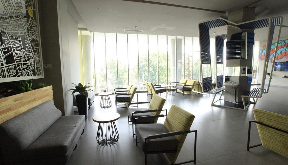 Yello Hotel Jemursari - Wok'N'Tok
