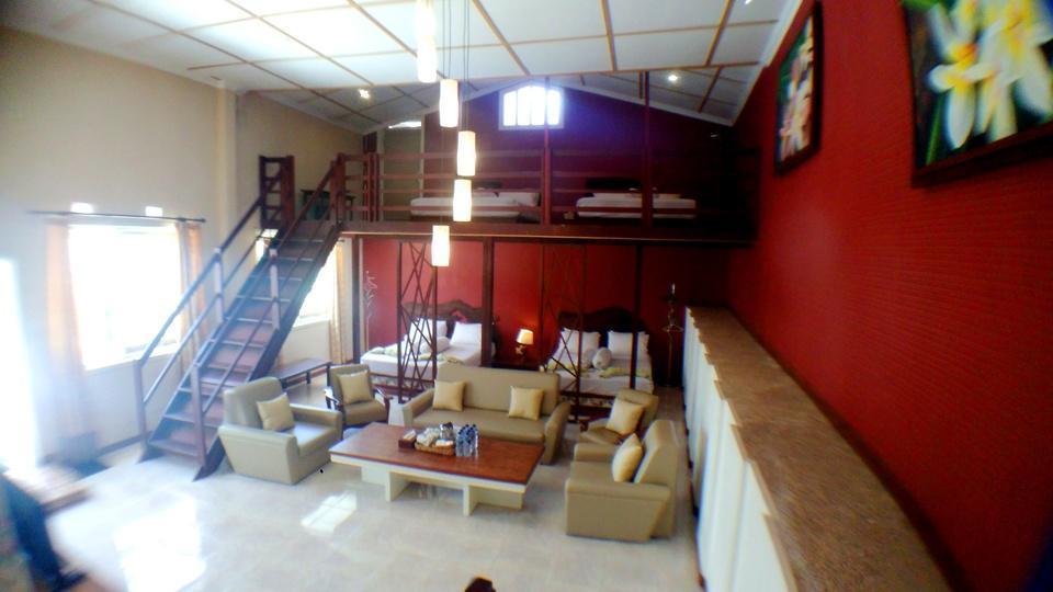 Villa Family Hotel Gradia Malang - Family 8