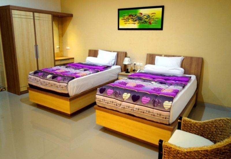 Hotel Resort Musdalifah Madura - Superior Twin Bed Room Regular Plan