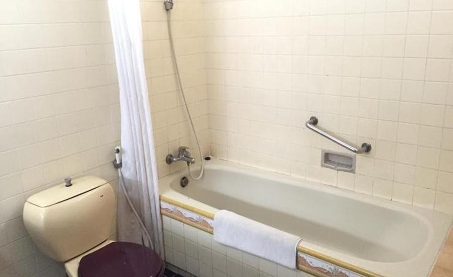 Hotel Wijayakusuma Cilacap - Kamar mandi