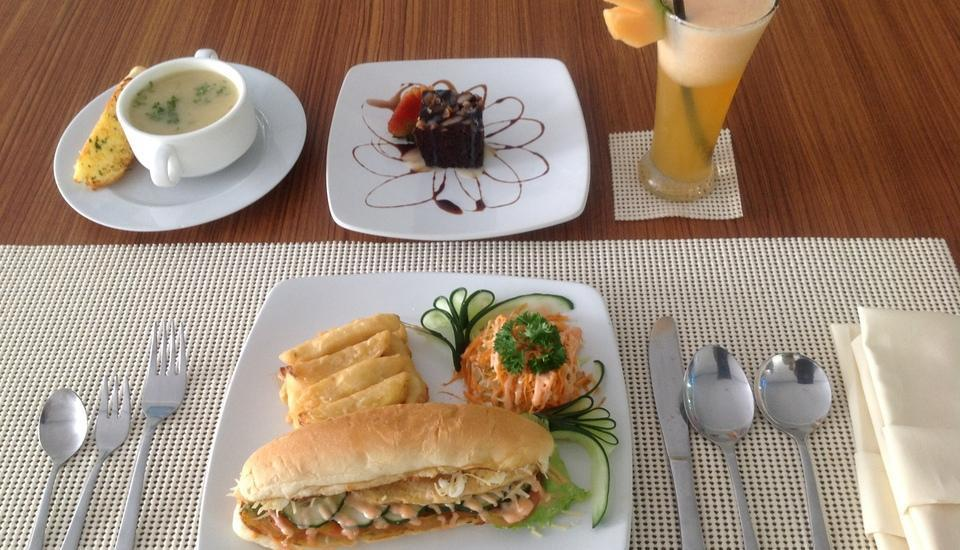 Green Villas Bali - Menu Restoran