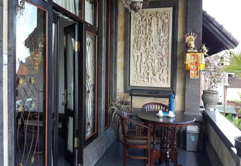 Kunang Kunang Guest House Bali - Balkon