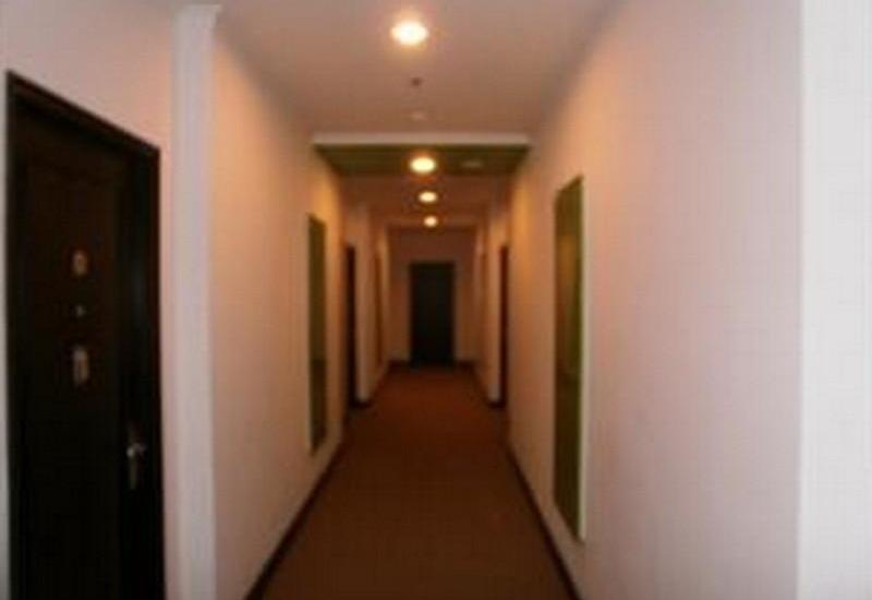ZUZU Hotel Belvena - Corridor