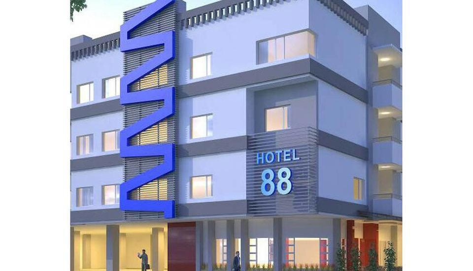 Hotel 88 Diponegoro Jember - Exterior