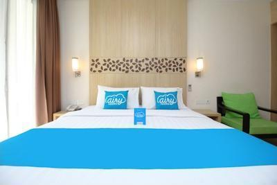 Airy Kuta Karang Tenget 15 Bali - Deluxe Double Room Room Only Regular Plan