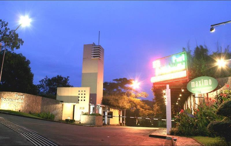 Puri Setiabudhi Bandung - Hotel Building