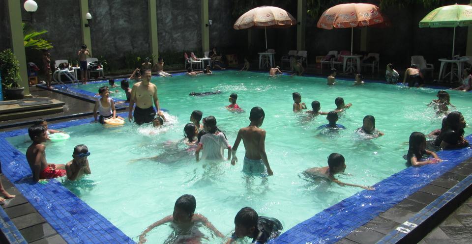 Hotel Wisanti Jogja - KOLAM RENANG