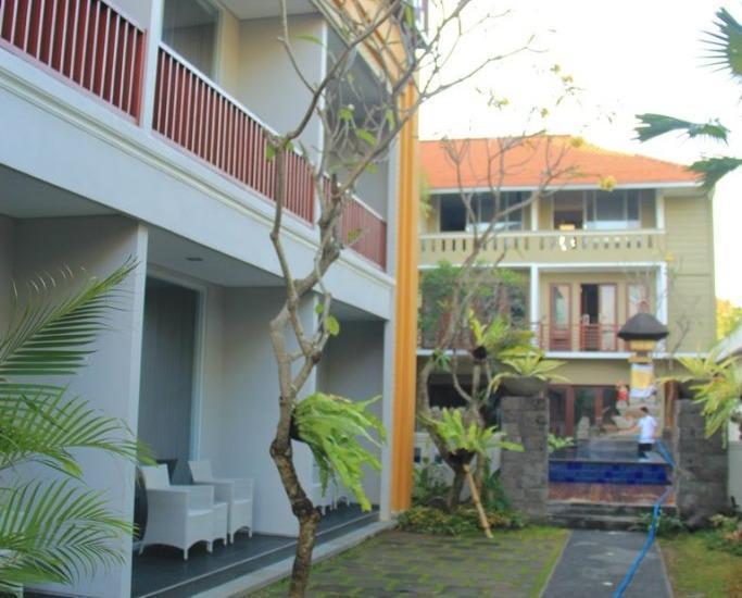 Transera Kamini Legian Hotel Bali - garden