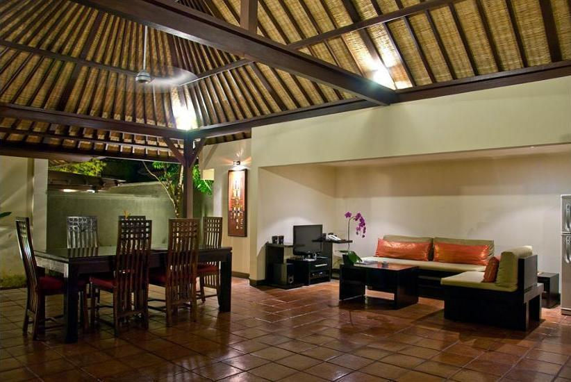 The Ulin Villas and Spa Bali - Living Room