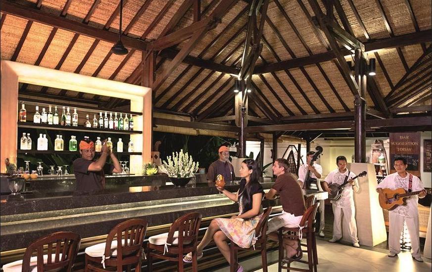 Novotel Bali Benoa - Hotel Bar
