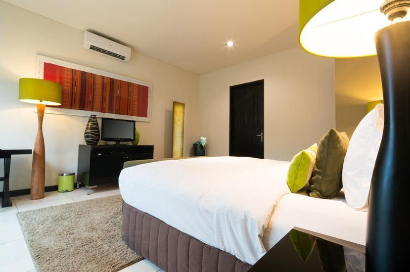 Cicada Luxury Townhouses Bali - Guestroom
