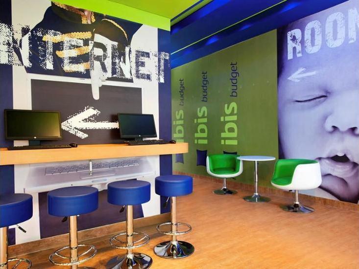 Ibis Budget Daan Mogot Jakarta - Business Center