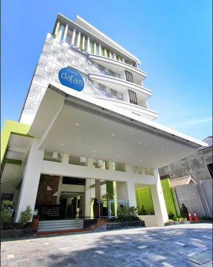 Hotel Dafam Fortuna Seturan - Hotel Front