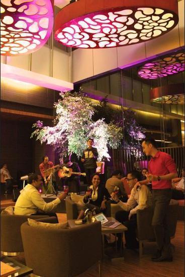 Novotel Bangka Hotel & Convention Centre Pangkalpinang - Hotel Front