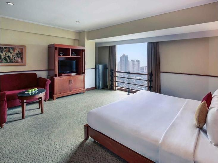 Mercure Jakarta Kota - Hotel Front
