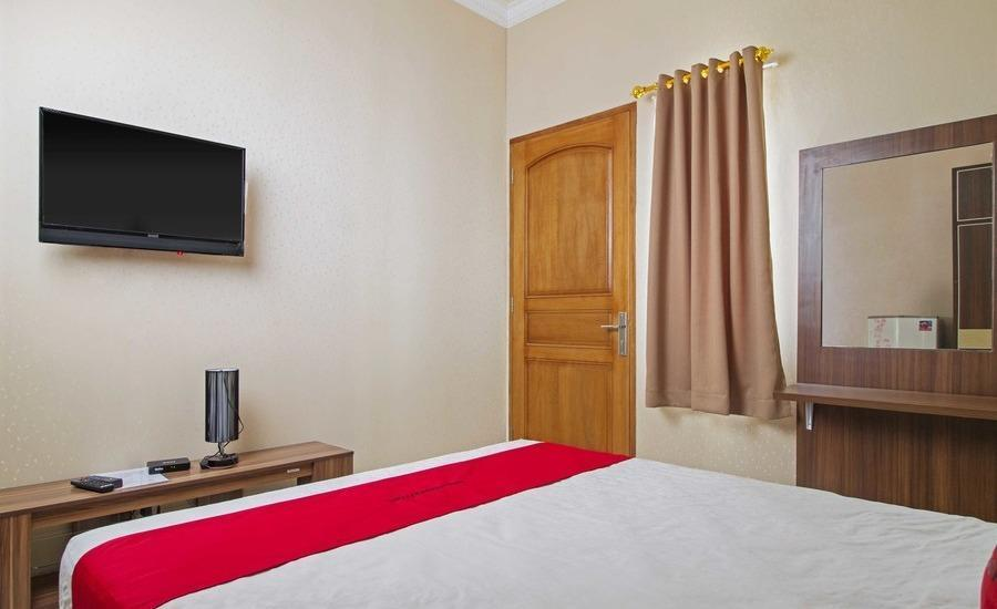 RedDoorz near Mercu Buana University Jakarta - RedDoorz Room Regular Plan