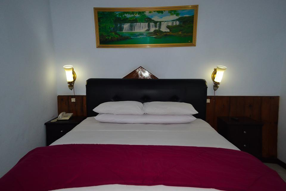 Hotel Indra Toraja - Deluxe Double