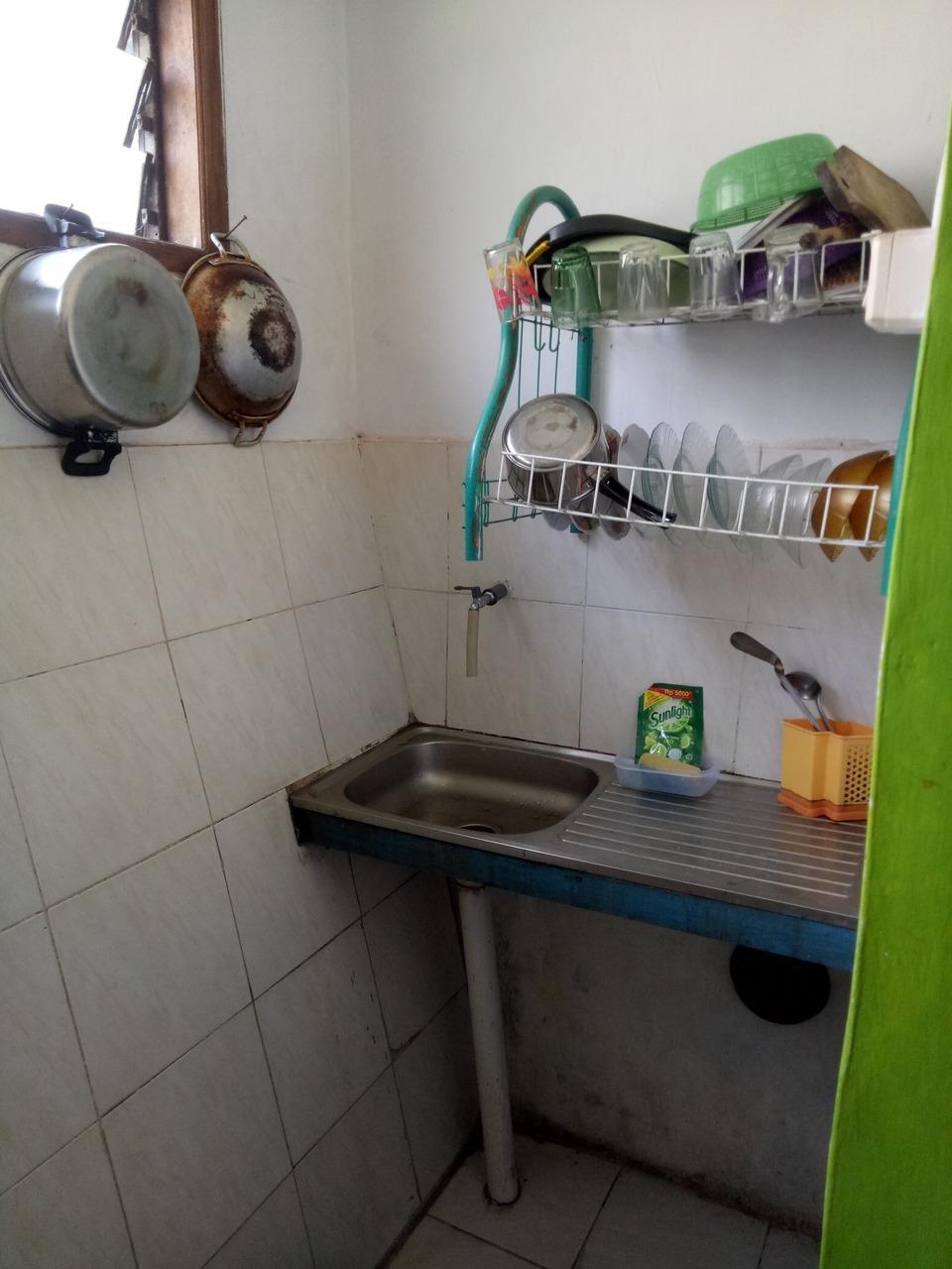 Villa Omahe Toni Malang - Kitchen