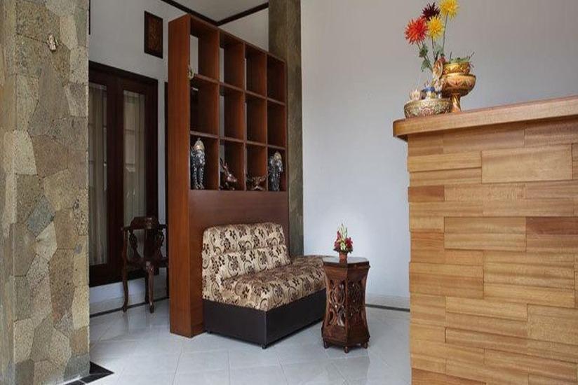 Puri Jayaraja Guest House Bali - Resepsionis