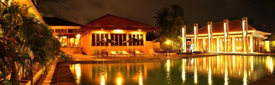Mutiara Hotel Cilacap - pemandangan malam