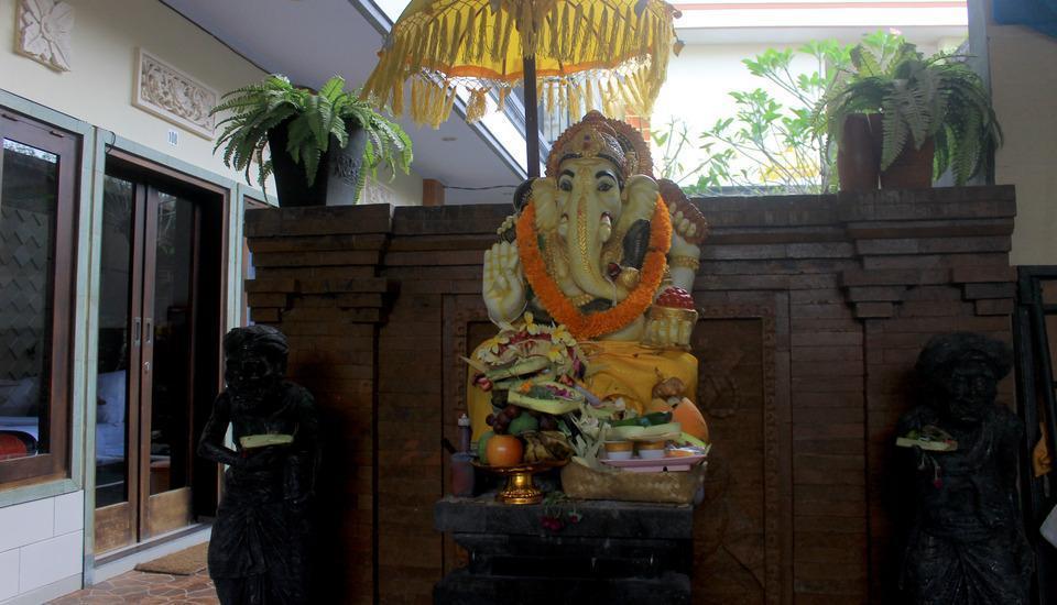 Antara Sunset Road Bali - Interior