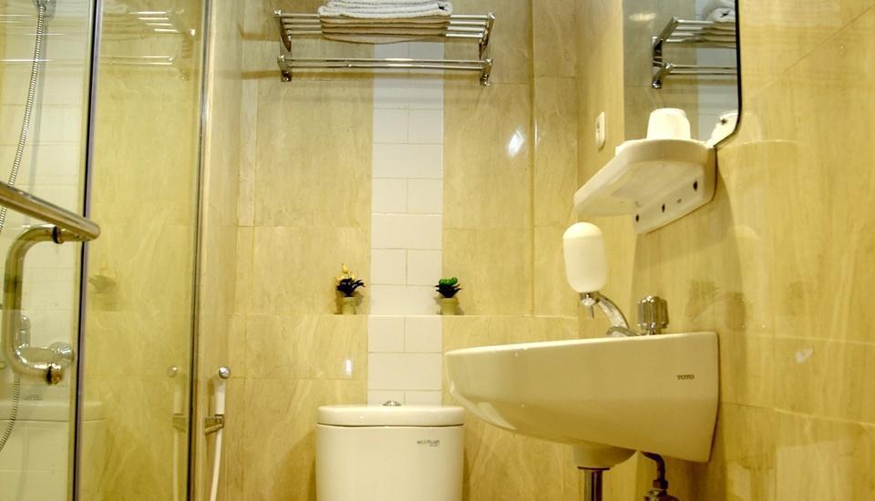 Hotel Penataran Asta Kediri - Kamar Mandi