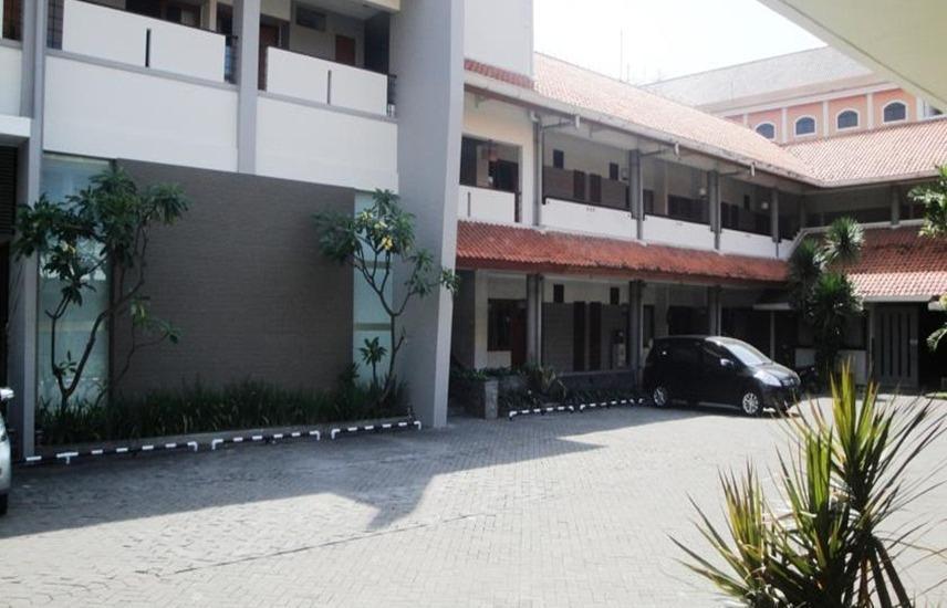 Hotel Quirin Semarang - Eksterior