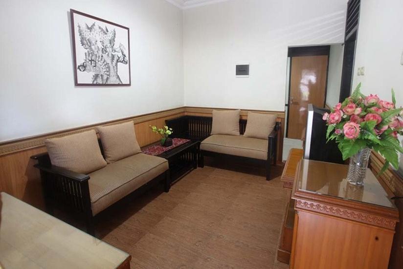 Hotel Duta Berlian Bogor - Suite Room Regular Plan