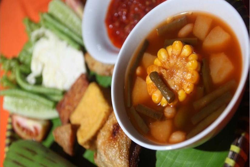 Hotel Duta Berlian Bogor - Makanan