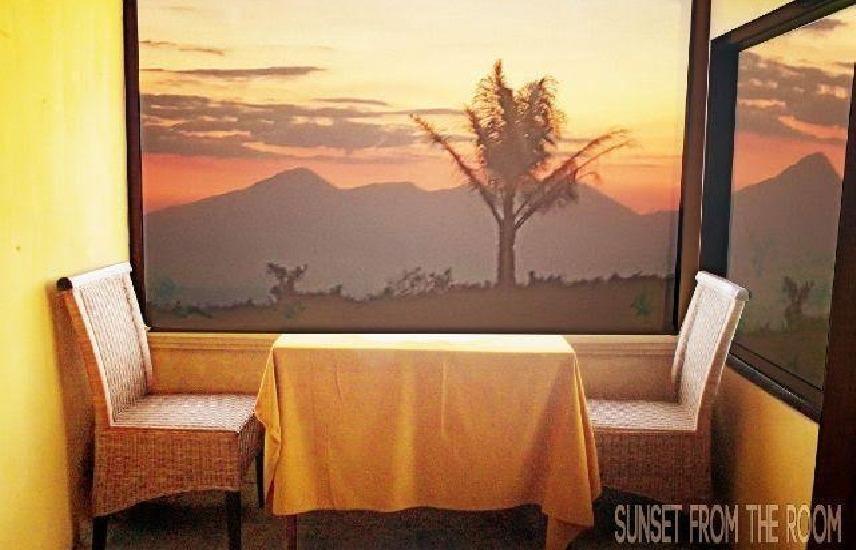 Madu Sari Hotel & Restaurant Bali - Ruang makan