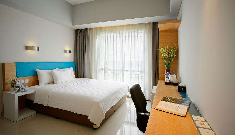 BATIQA Hotel and Apartments Karawang - Double Room