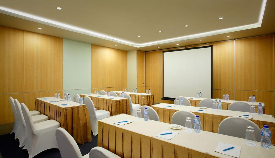 BATIQA Hotel and Apartments Karawang - Ruang Meeting